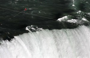 Nik-Wallenda-braved-wind-and-heavy-spray-to-make-the-1800-ft-550-m-walk-from-the-US-to-Canada-on-a-2-inch-61-mm-wire